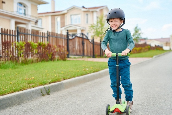 Scooter for 10 Year Old Boy