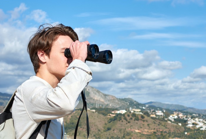best lightweight binoculars for bird watching